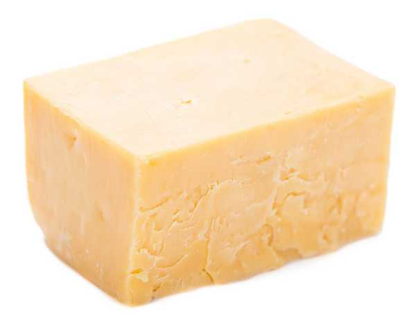 Extra Mature 'Strongman' Cheddar 900g